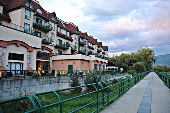 Prestige Harbourfront Resort