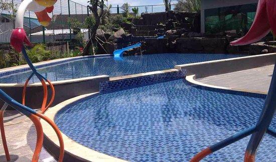 MaxOneHotels at Resort Delia