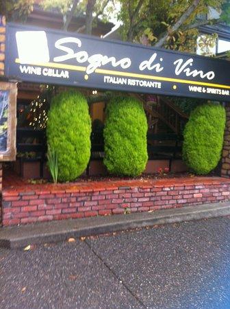 Poulsbo, WA: Enticing entrance