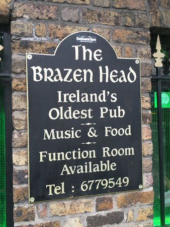 ‪‪The Brazen Head‬: The sign to welcome you to The Brazen Head‬