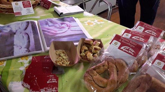 i nostri biscotti salati di Roccalbegna presidio Slow Food