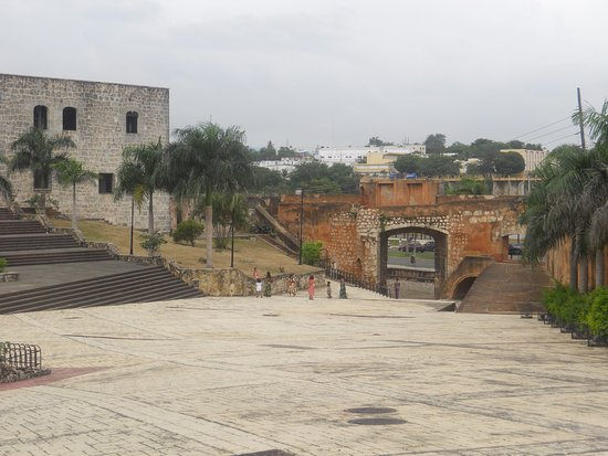 Gate of San Diego: O portão