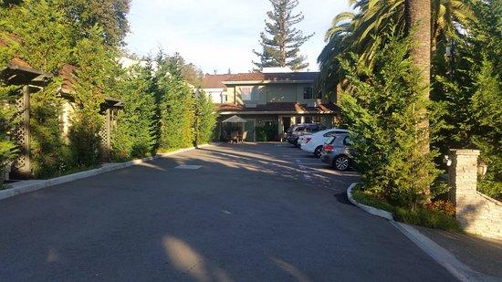 Marin Lodge: photo1.jpg