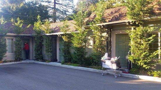 Marin Lodge: photo2.jpg