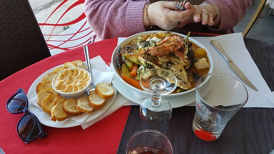 Restaurant la lagune dans port saint louis du rhone - Restaurant port saint louis du rhone ...