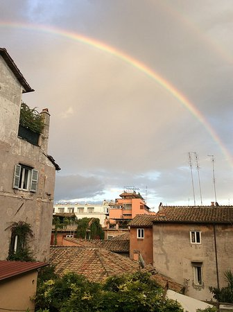 Residenza Arco dei Tolomei: View from our room after a rainshower