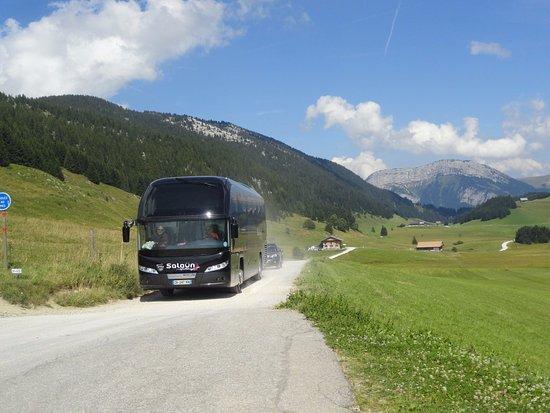 Haute-Savoie, France: bus de tourisme