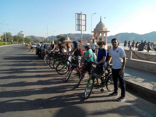 Cyclin'Jaipur