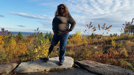 Mount Agamenticus : Testing the new prosthesis on Mt. Agamenticus!