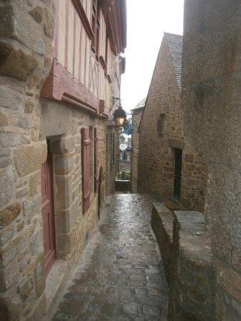 Porte du boulevard mont saint michel top tips before for Porte unie st michel