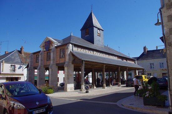 Bracieux, Frankrike: Vue en sortant de l'hôtel