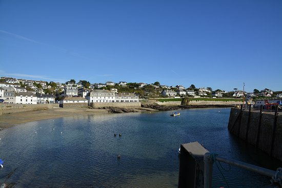 St Mawes, UK: A beautiful location facing the harbour.
