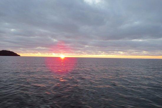 Ladoga Lake, Russland: Закат