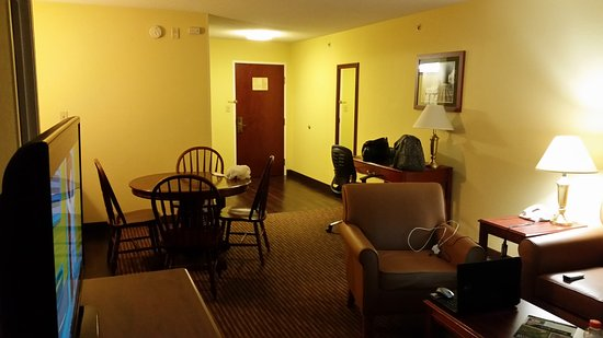 Best Western Lawrenceburg Inn : Lots of room to relax