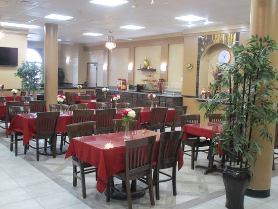 BestHost Inn Plaza