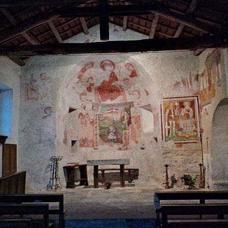 Roccaforte Mondovi, Italia: Navata centrale