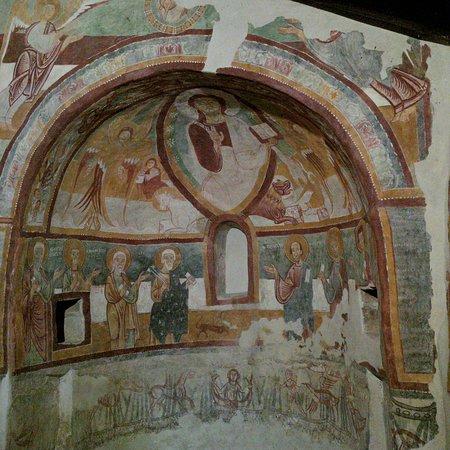 Roccaforte Mondovi, Italia: Navata destra