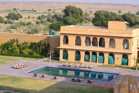 Hotel jaisalkot jaisalmer rajasthan hotel reviews - Jaisalmer hotels with swimming pool ...
