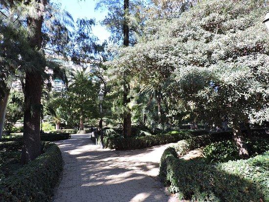 Jardin de ayora valencia aktuelle 2018 lohnt es sich for Jardin de ayora