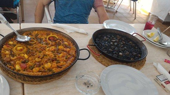 Restaurant Pizzeria Ca'n Salvador : Arroz negro y arroz del señoret