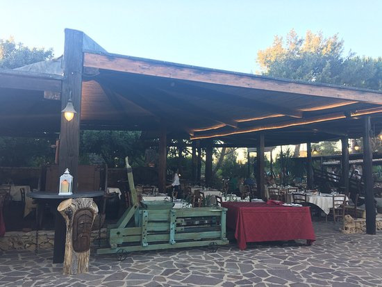 Amazing food! Left us super full after. A must if you are going to Alghero!