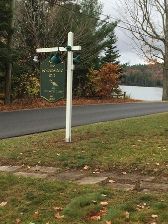 Sutton, NH: The Inn is on Lake Kezer