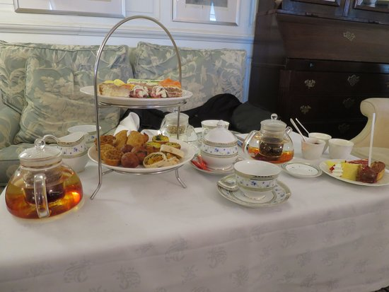 Belmond Mount Nelson Hotel: tea time