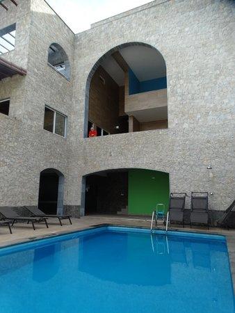 Coracao Ponta do Sol - Pensao: realy relaxing quite area