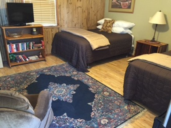 Council Grove, KS: ADA accessable double room