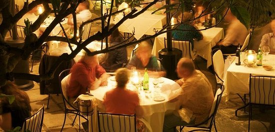 Hotel Palazzo Murat: Dining