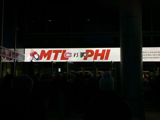 Montreal, Canada: Flyers game Nov 5, 2016