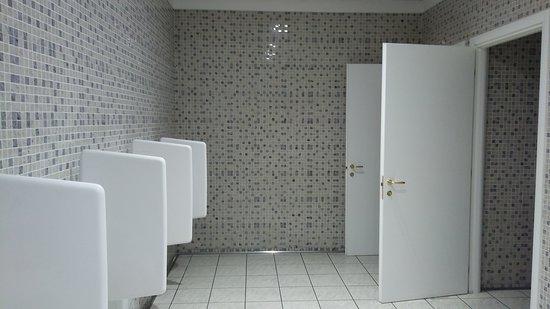 https://media-cdn.tripadvisor.com/media/photo-s/0d/8c/d1/b3/bagni-maschili.jpg