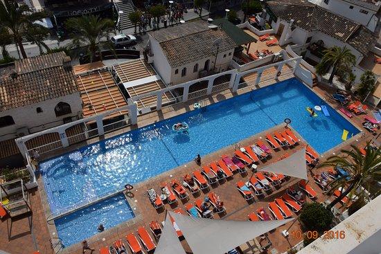 Apartamentos Deya Piscina Del Hotel