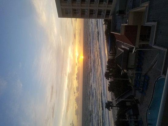 Hilton Melbourne Beach Oceanfront: 20161106_063850_large.jpg