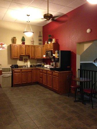 Winona, MN: Area for coffee, juice, microwave, toast, etc.