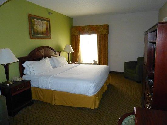 Holiday Inn Express & Suites Cincinnati Northeast-Milford Foto