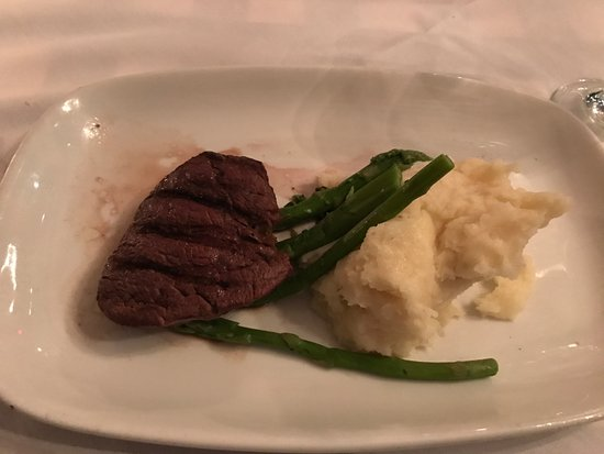 Grosse Pointe, MI: Filet (overdone with no taste or seasoning)