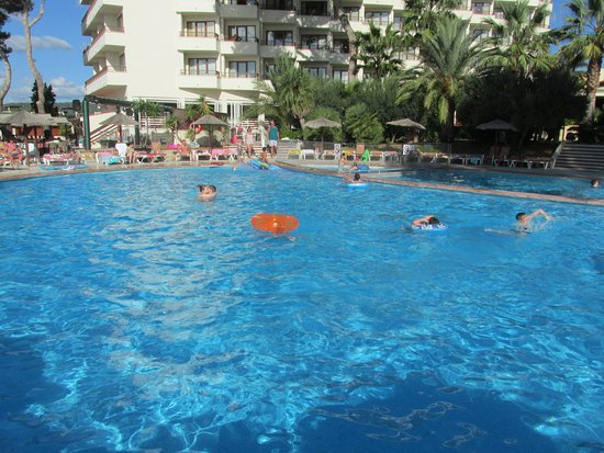 Intertur Hotel Miami Ibiza: Pool