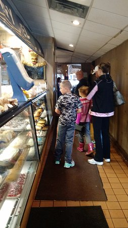 Johnson Creek, WI: Line at the Pine Cone