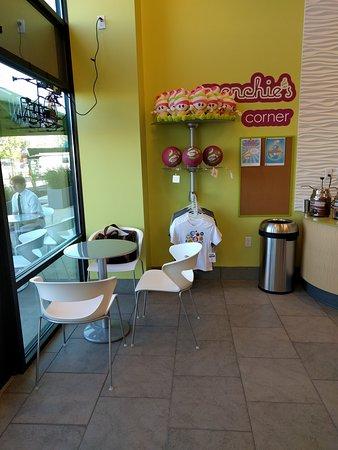 Springfield, OR: Menchie's Frozen Yogurt