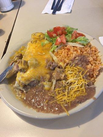 เวนโดเวอร์, ยูทาห์: Chile verde burrito $5.99 Better than pancho/willies at half the price