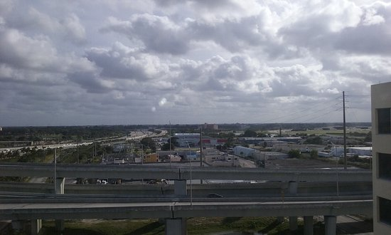 Stay Inn West Palm Beach Airport: I 95 view 11th floor