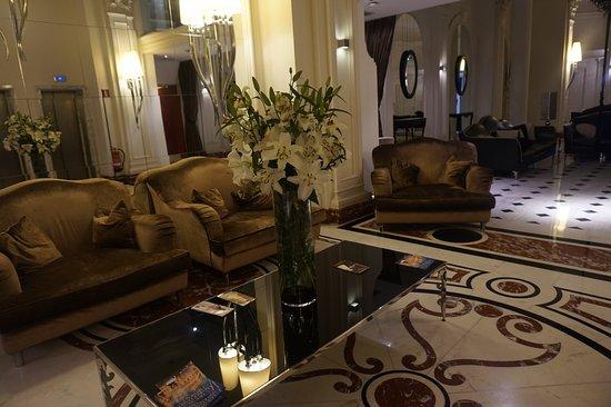 Interior - Leon's Place Hotel Photo