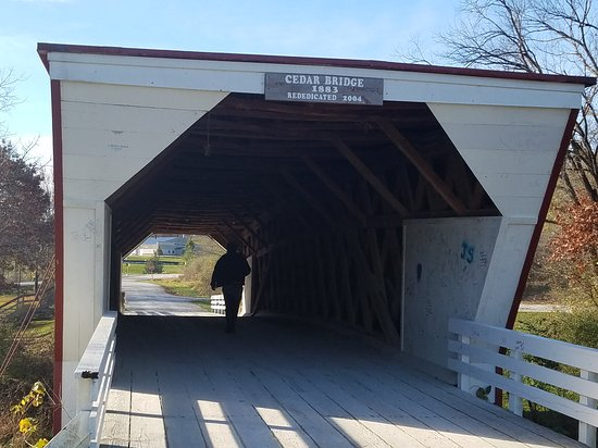 Winterset, IA: We only made it to 3 covered bridges, but Cedar bridge was perfect for getting a photo of our mo