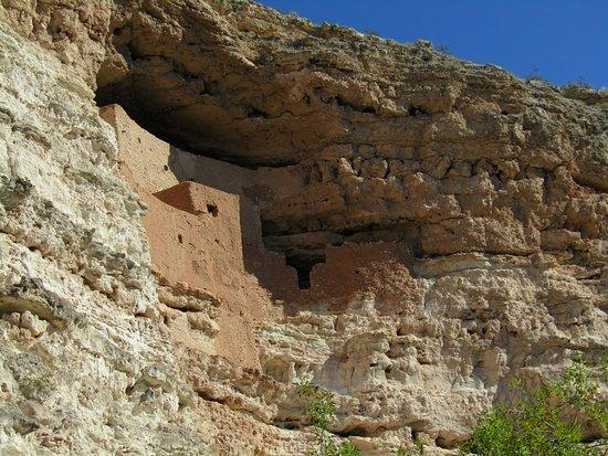 """Montezuma Castle National Monument: The """"Castle"""""""