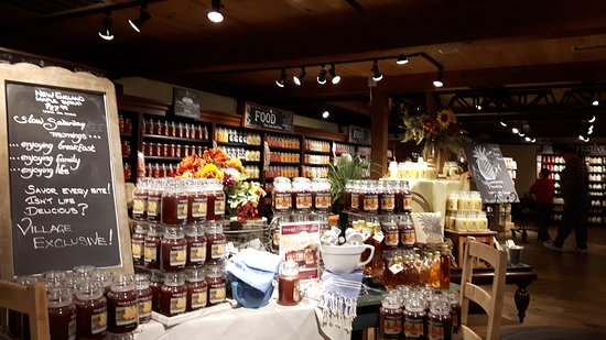 South Deerfield, MA: Yankee Candle Flagship Store