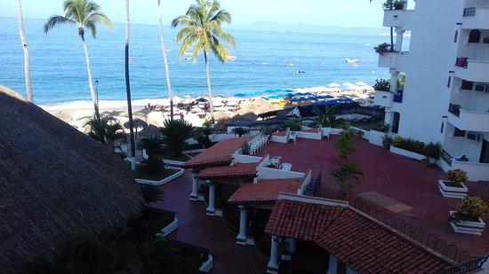 Tropicana Hotel: 20161105_093251_large.jpg
