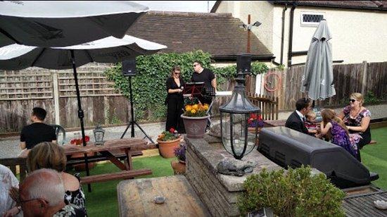 Swanley, UK: Welcoming Village Pub