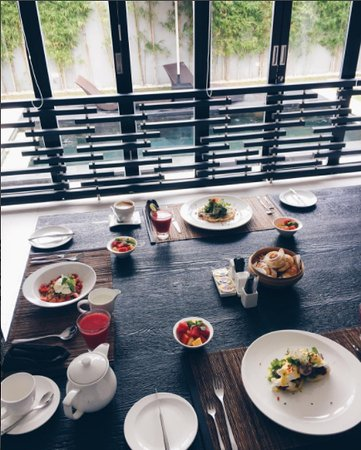 eqUILIBRIA SEMINYAK: Delicious breakfast in our villa - the food was 10/10