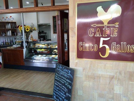 Mundaring, Australia: The front of the cafe